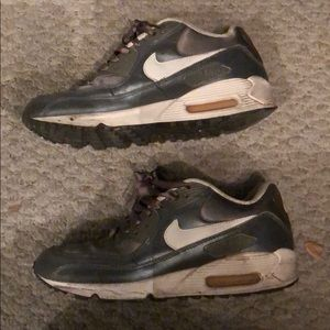 Nike air max 90's gray satin and leather